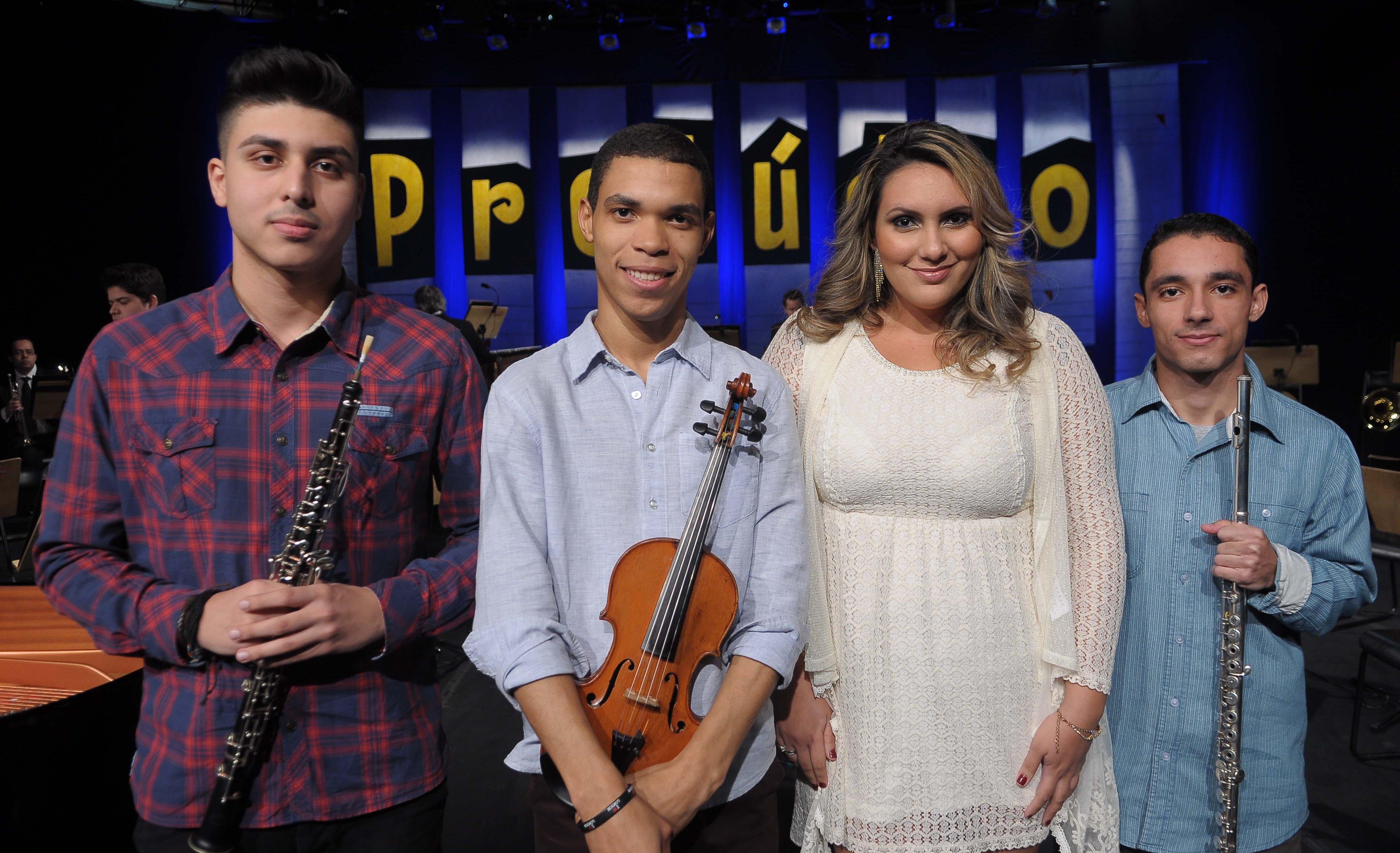 Mais quatro jovens talentos sobem ao palco do Teatro Franco Zampari, em São Paulo, em busca de duas vagas para a 2ª fase do talent show da TV Cultura. Às 12h, na TV Cultura