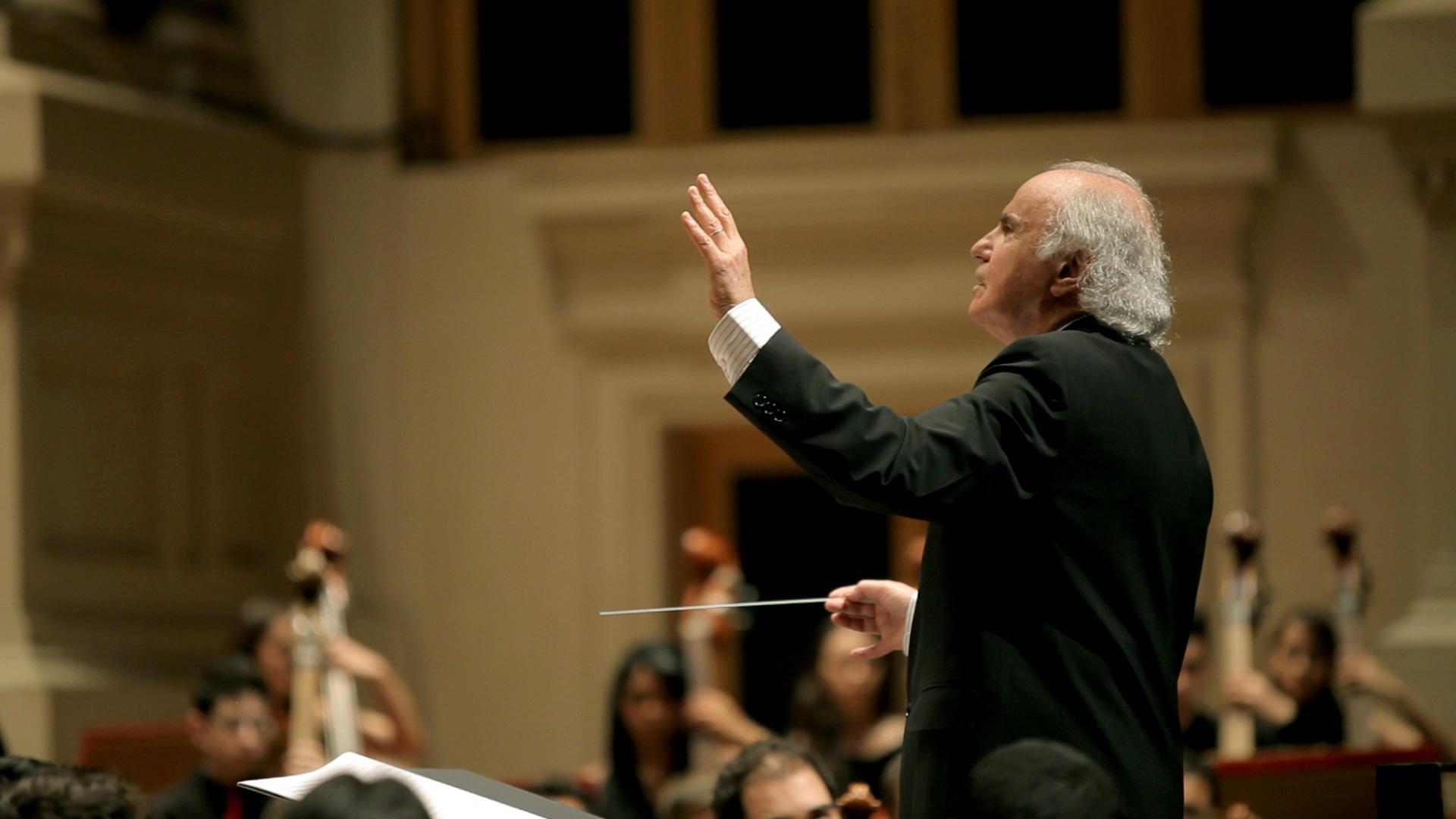 Maestro rege obras de Mahler e Ronaldo Miranda. Programa da TV Cultura vai ao ar no próximo sábado (27/2), às 21h30