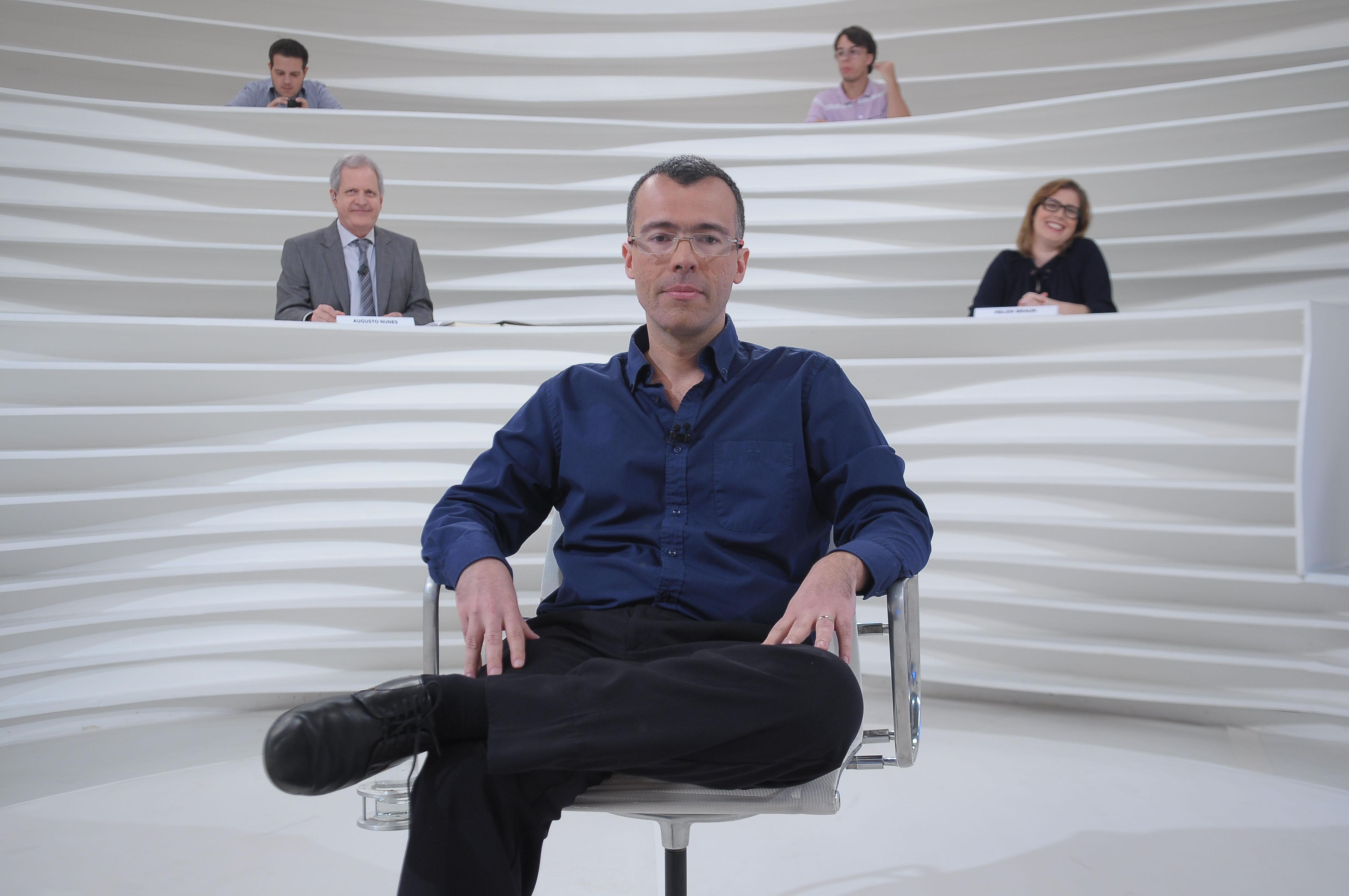 Correspondente do jornal O Estado de S. Paulo em Genebra, o premiado jornalista investigou desmandos no futebol após as prisões de dirigentes da FIFA no último ano. Inédito, o programa vai ao ar às 23h30, na TV Cultura